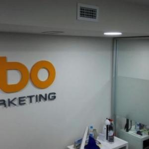 Rótulo corpóreo en pvc LBO Marketing, Sevilla